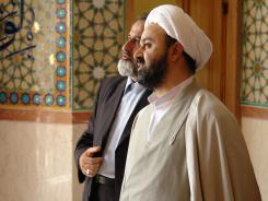 مدیر مرکز تحقیقات کامپیوتری علوم اسلامی قم؛ پیش فضای ورودی به تالار اجتماعات