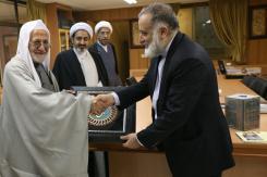 دیدار رئیس دیوان وقف شیعی عراق با مدیرعامل مؤسسه اهل البیت (ع)؛ 1391/11/10