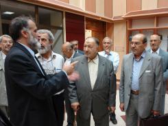 دیدار سید عبدالمهدی موسوی آل طعمه با مدیرعامل و معاونین موسسه اهل البیت